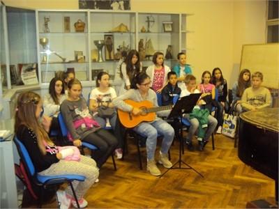 KUDZ Filip Devic Skola gitare-mandoline-tamburice-i-pjevanje